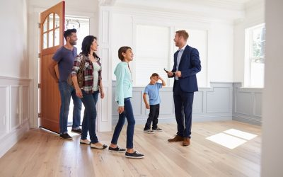 6 Reasons to Work With a Real Estate Agent When Buying a Home
